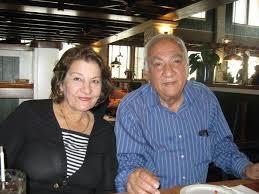 الراحل د. سامي عبد الحميد مع زوجته